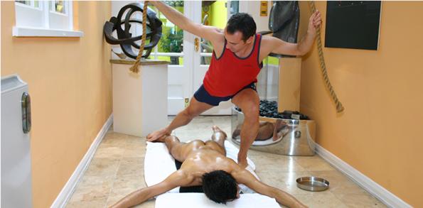 MarcNyte_sportcoach_london_massage_chavutti_1_sportmassage